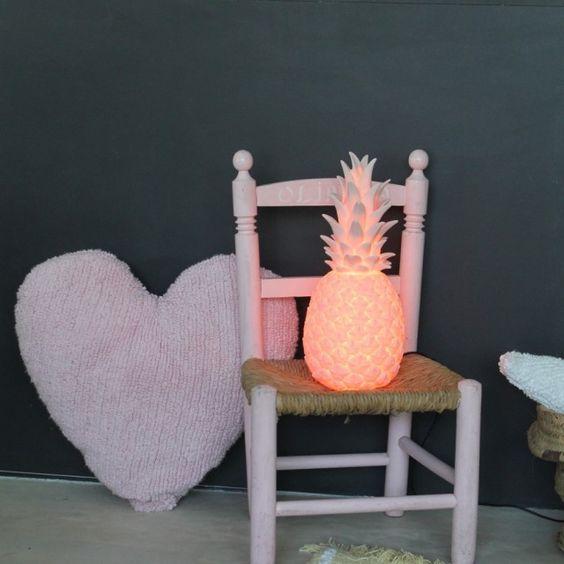 b b arrive bient t suivez nos 10 id es d co petits prix pour la chambre. Black Bedroom Furniture Sets. Home Design Ideas
